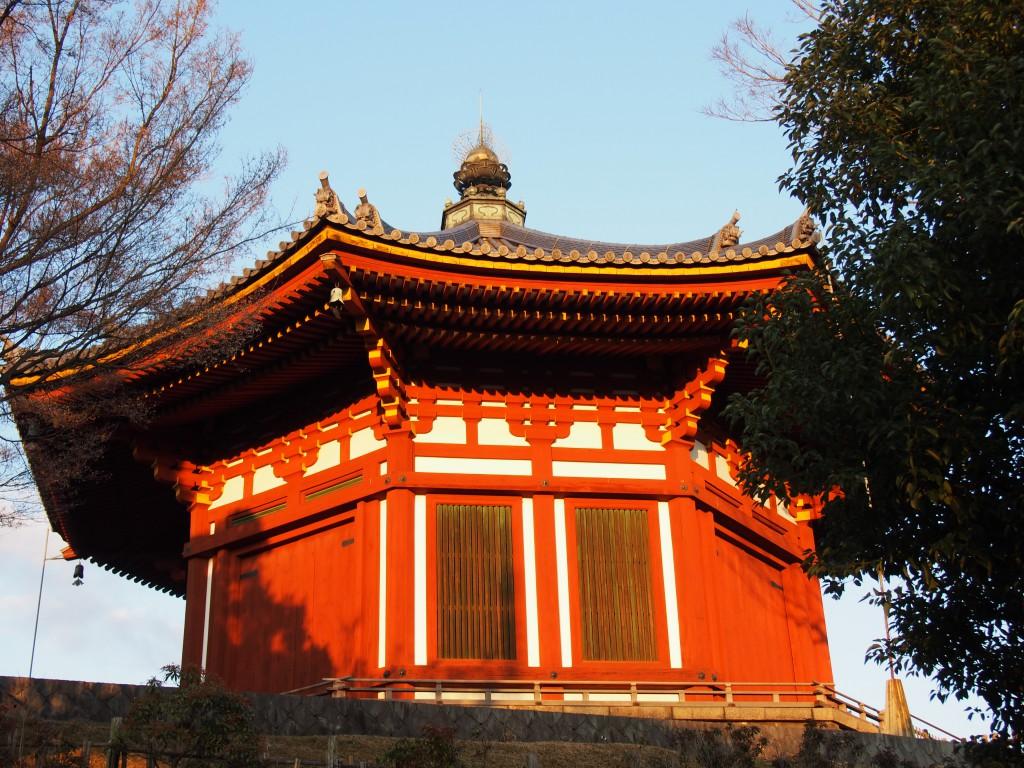 夕方の南円堂