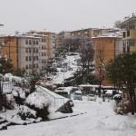 雪の中登美団地