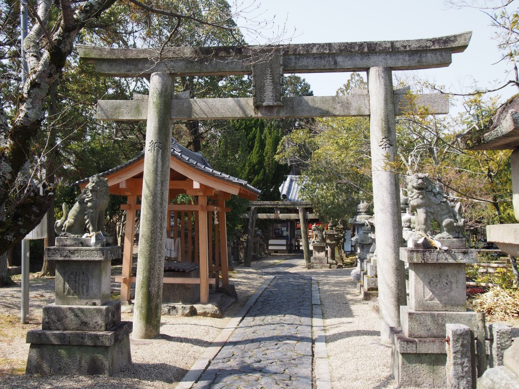 【きたまち】翁舞や巨樹で有名な「奈良豆比古神社」ってどんなところ?歴史やみどころをご紹介