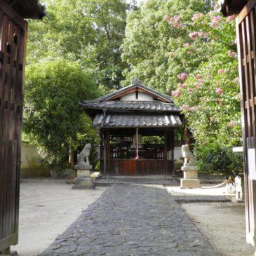 【鎮宅霊符神社】「笑う狛犬」のいる陰陽師ゆかりの神社はならまちの一角に佇む