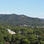 奈良県庁屋上から望む「高円山」