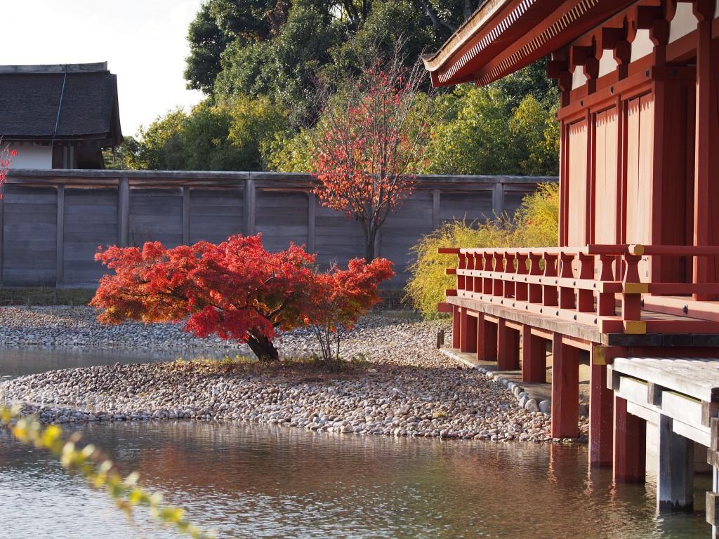 東院庭園の紅葉