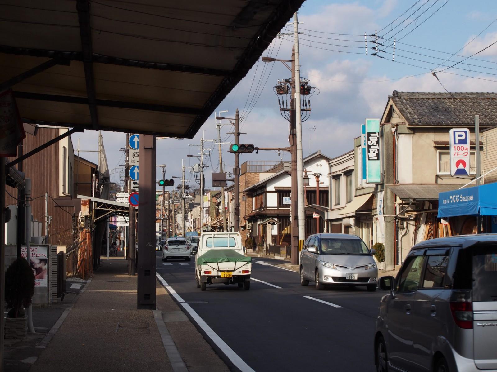 京街道沿いの町並み(転害門周辺)