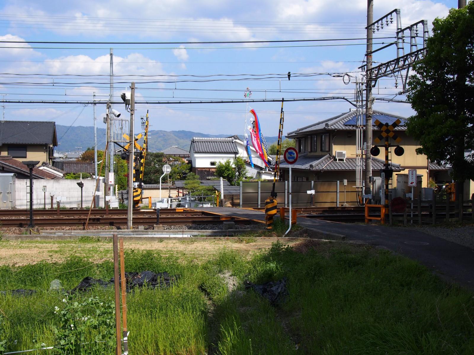 養天満神社付近の風景(近鉄踏切)