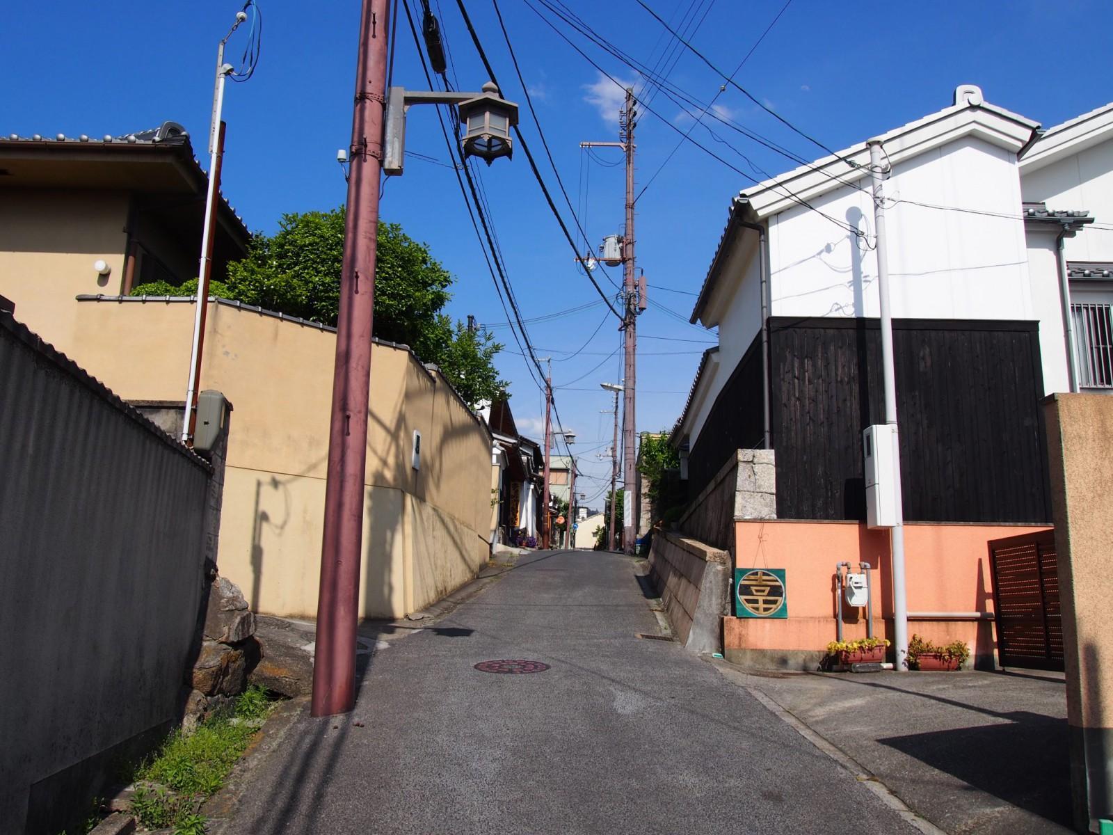 奈良市陰陽町の風景