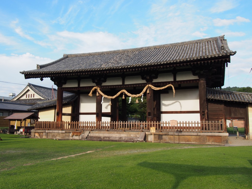 【東大寺転害門】大変貴重な奈良時代の建築は「きたまち」のシンボル的存在