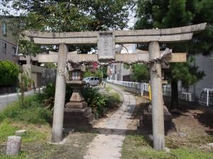 【奈良・西大寺】近鉄電車からチラリと見える「十五所神社」ってどんなところ?境内を写真でご紹介!