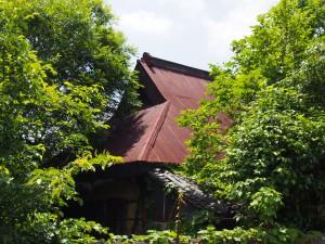 【山辺の道】大和棟の建築も残る「白毫寺町の家並み・田園風景」を写真でご紹介!【入江泰吉】