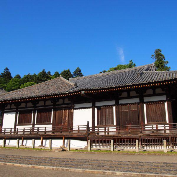 東大寺三月堂(法華堂)