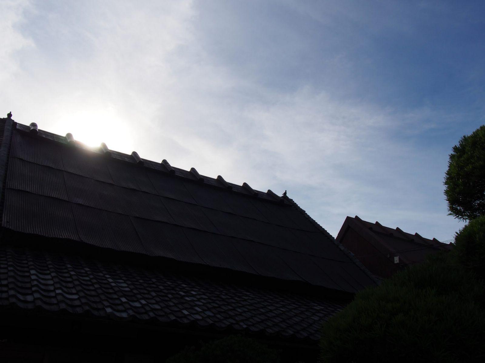 伝統的な「法蓮造」を今に伝える切妻屋根
