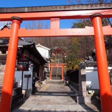 【瑜伽神社】圧倒的な紅葉に包まれる神社では「飛鳥京」の神様をお祀りする