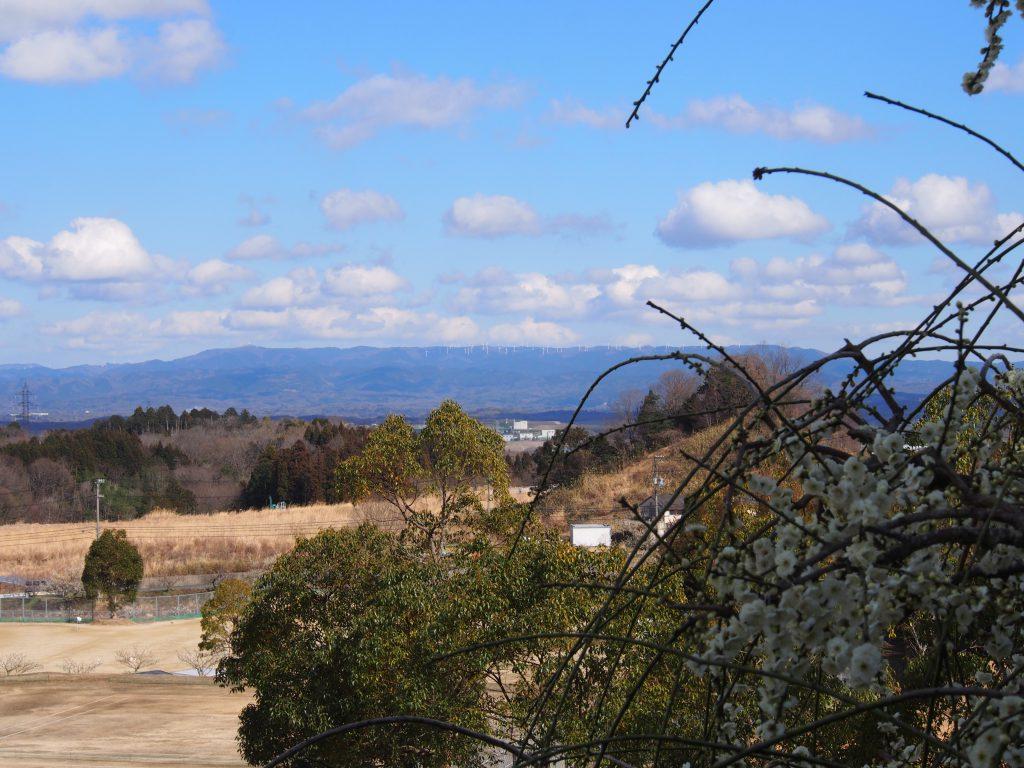奈良市内(月ヶ瀬)から望む「青山高原」