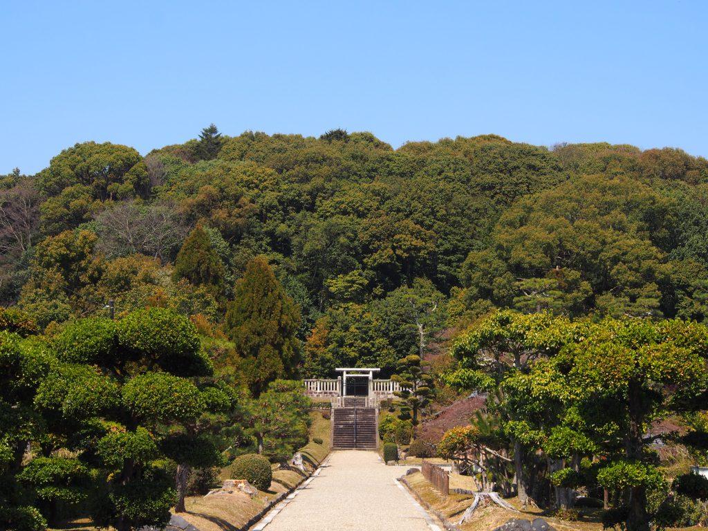 【きたまち】巨大寺院跡とも言われる「聖武天皇陵・光明皇后陵」ってどんなところ?歴史・由緒など