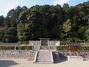 【奈良・佐保山】元明天皇陵と東西に並ぶ「元正天皇陵」ってどんなところ?【黒髪山】