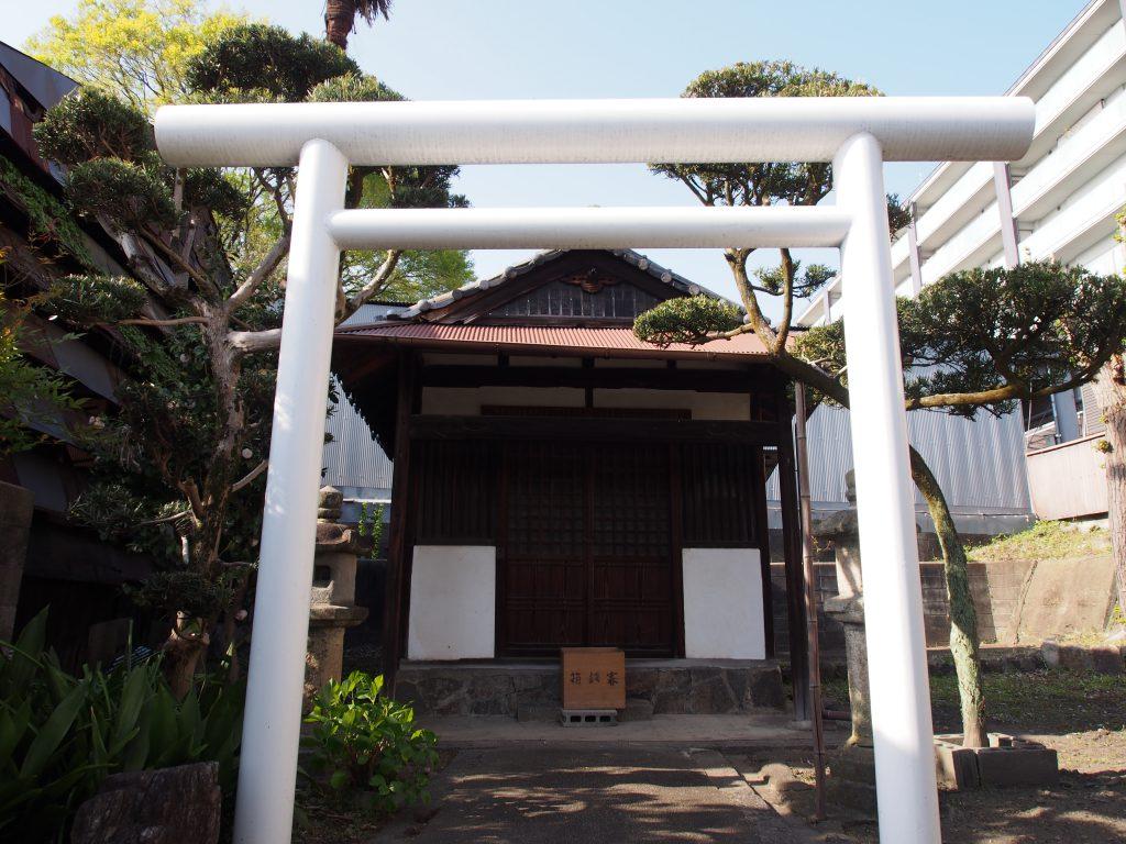 【ならまち】独特の風景を味わえる「厳島神社・北風呂町の倉庫」ってどんなところ?【現代アート】