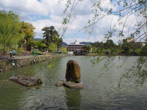 【奈良・猿沢池】中秋の名月の日に行われる「采女祭(うねめまつり)」ってどんなお祭り?【観光】