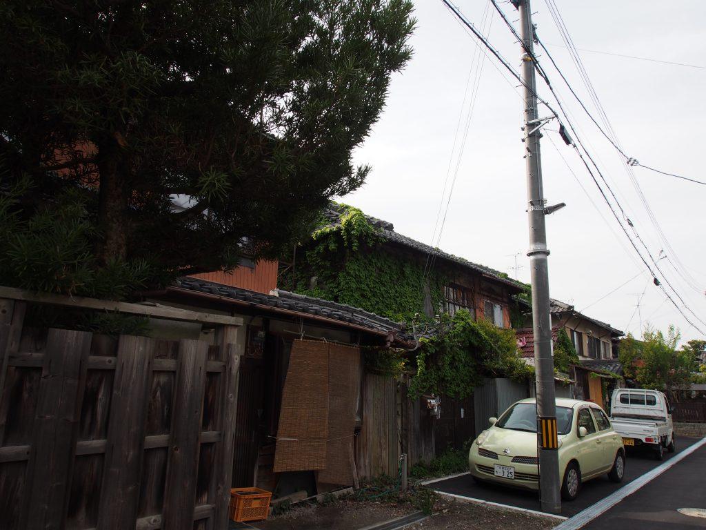 きたまちエリア西端部の「レトロ」住宅