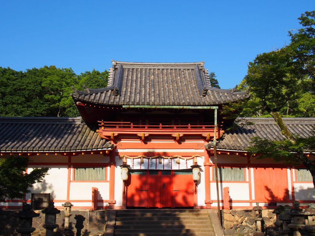 神門(手向山八幡宮)