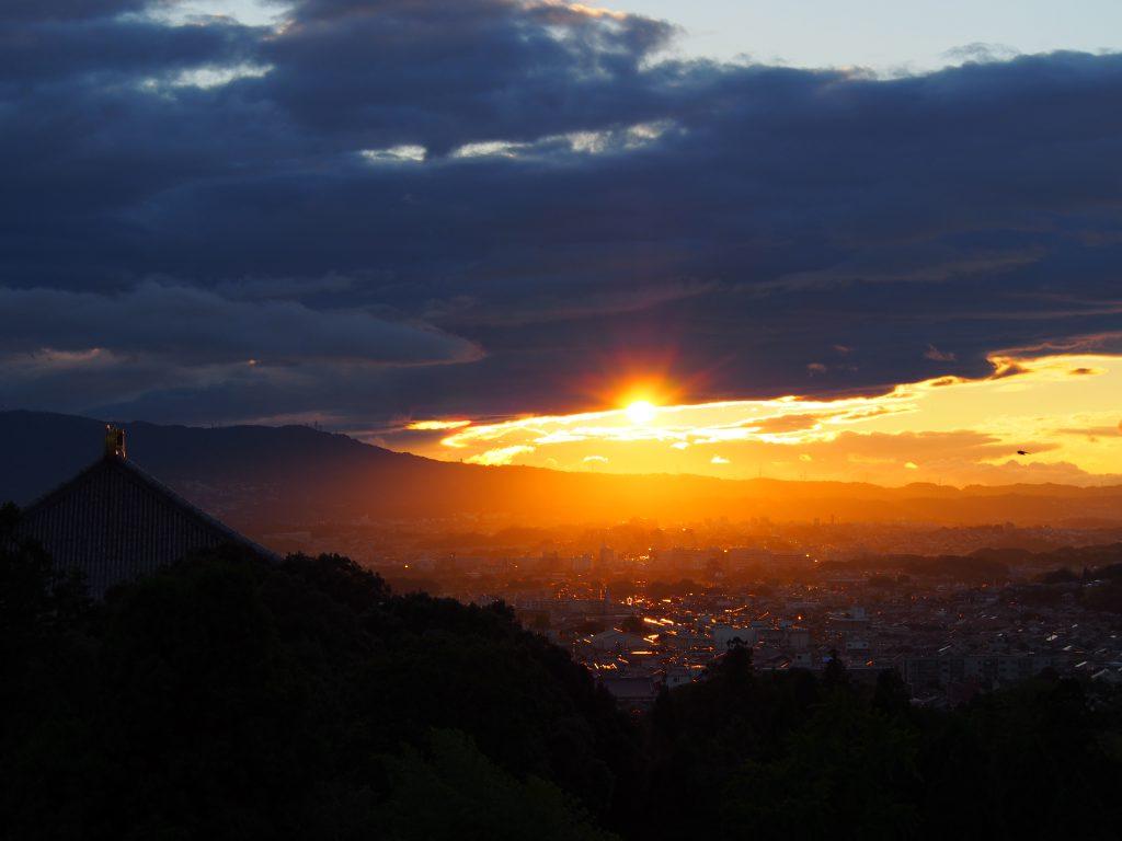 二月堂から見る奈良の夕焼け