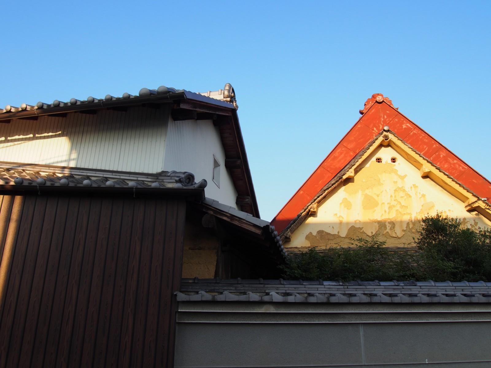 高樋集落内の「大和棟」建築