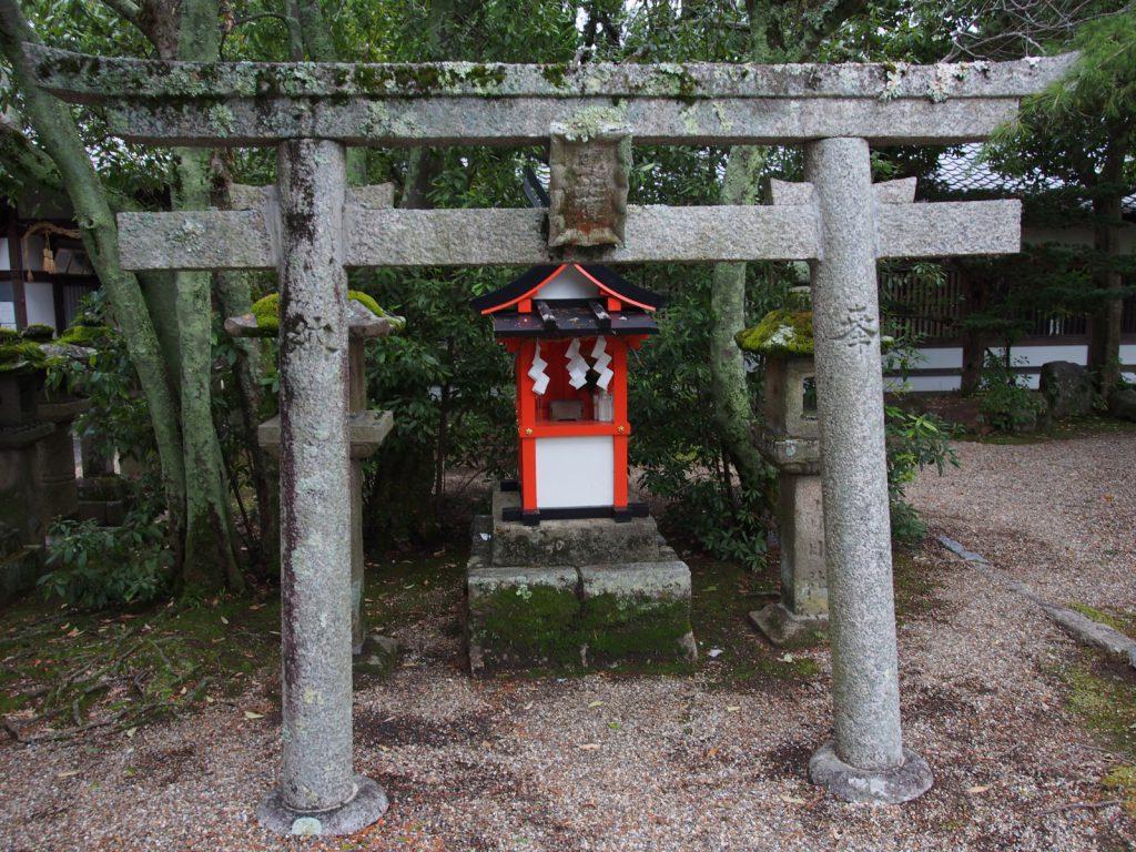 恵比須社(奈良豆比古神社)