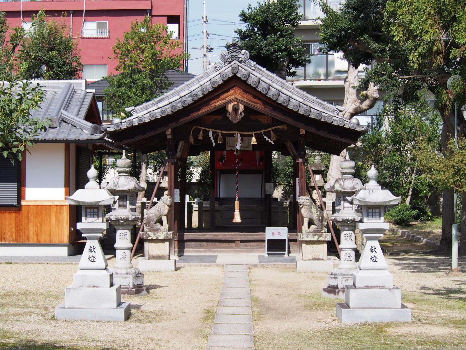 十五社神社の社殿
