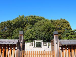 【開化天皇陵】「春日率川宮」を皇居にしたとされる天皇の御陵は中心街に
