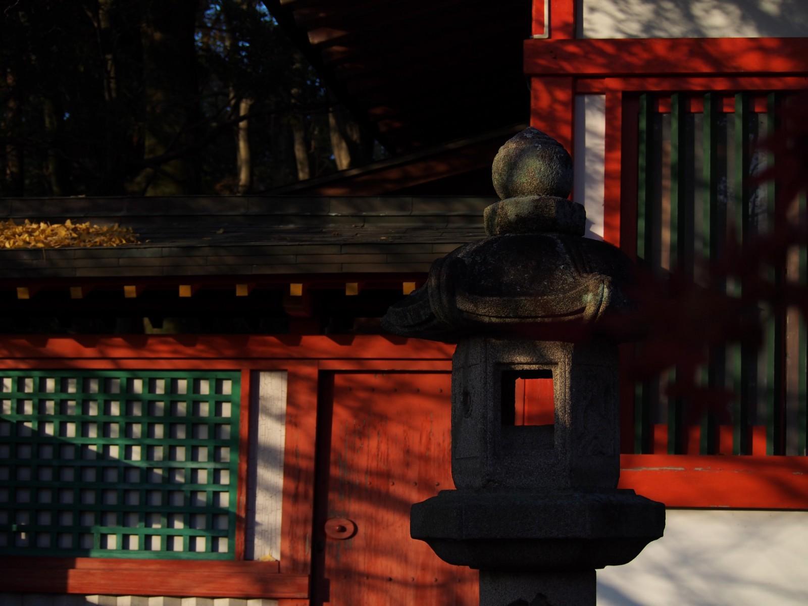 瑜伽神社の燈籠