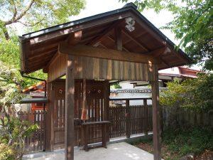 【高畑】延喜式にも登場する古社「赤穂神社」ってどんなところ?小さな境内を写真でご紹介!