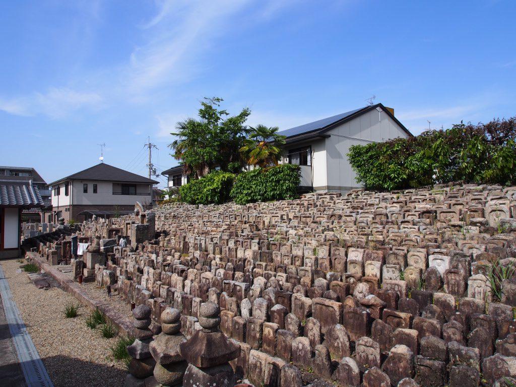 称名寺の千体地蔵尊