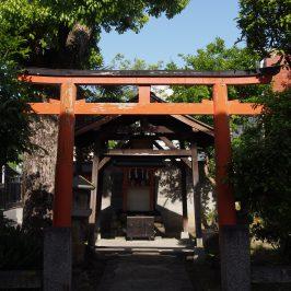 中筋神社鳥居・社殿
