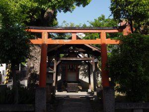 【奈良駅周辺】駅を出てすぐの小さな空間「中筋神社」ってどんなところ?【氷室神社】