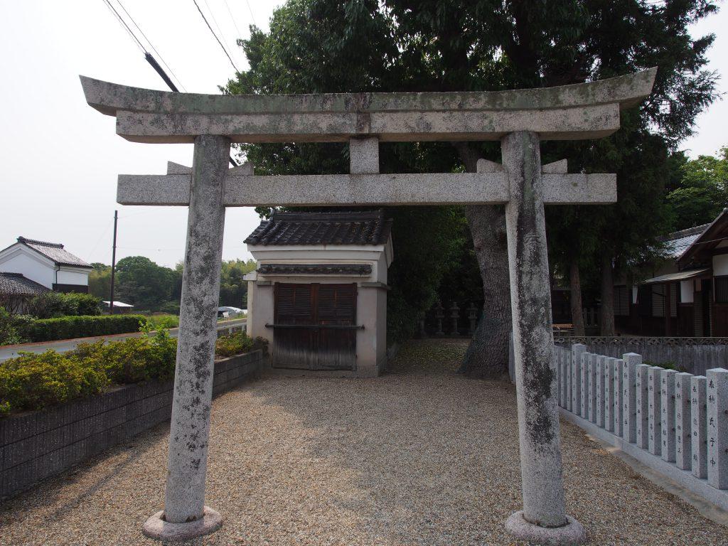 【西の京】薬師寺のそばにある静かな神社「皆天満宮」ってどんなところ?境内の写真をご紹介!