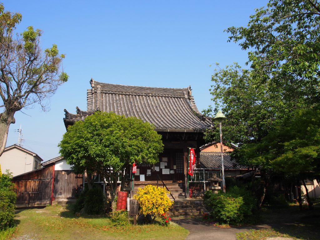 龍象寺本堂