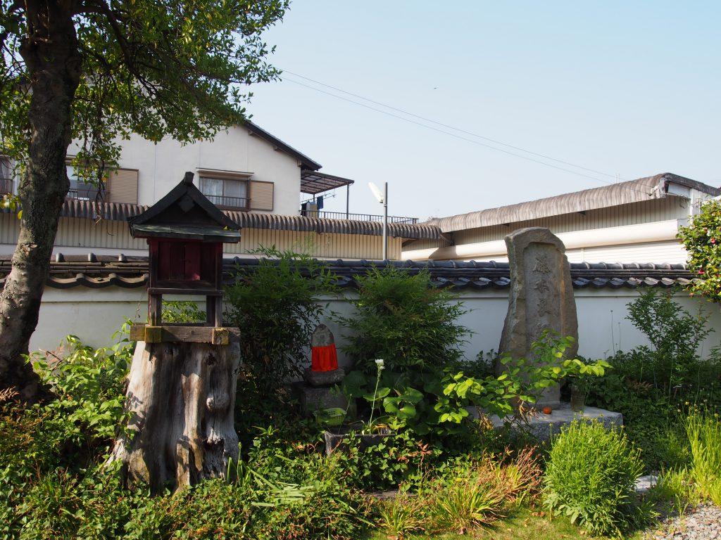 龍象寺境内のお地蔵さま