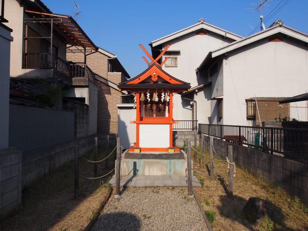八鐡神社(弁財天)の社殿