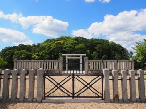 【垂仁天皇陵・田道間守墓】美しい水辺の風景が広がる大規模古墳は唐招提寺・薬師寺にも近い