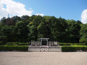 【尼ヶ辻】実際は城跡と言われる「安康天皇陵」ってどんなところ?【大和宝来城】