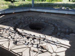 【造酒司井戸】平城宮の酒造用水を汲み上げていた井戸の遺構
