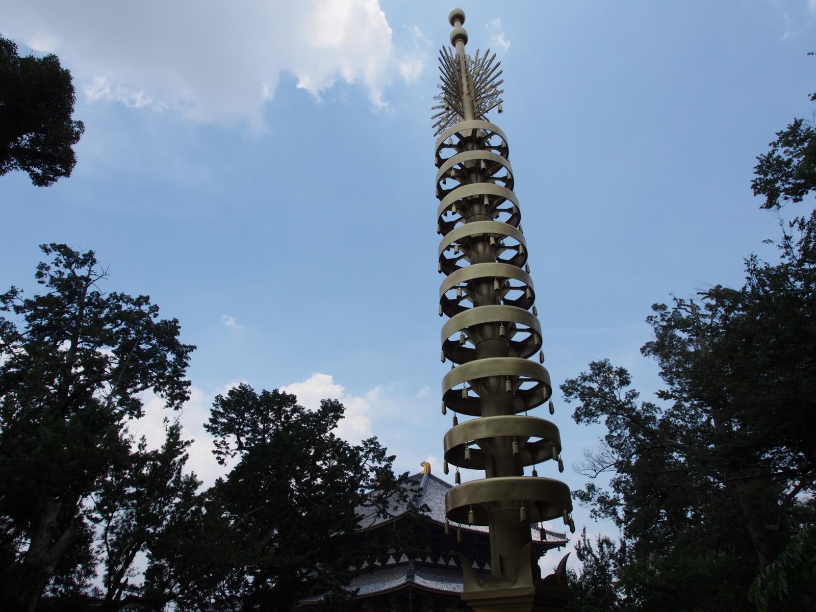 大阪万博で使用されていた「東大寺七重塔相輪(レプリカ)」