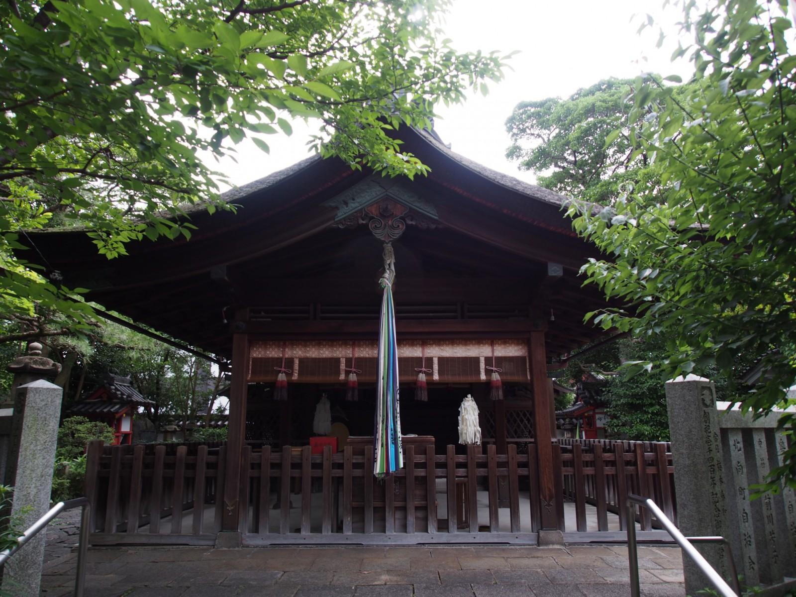漢国神社の社殿