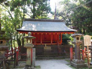 【総宮神社(春日大社)】かつては興福寺境内にあった神社は多数の祭神をお祀りする