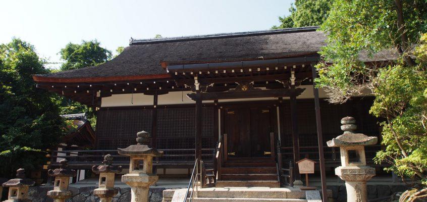 【春日大社桂昌殿】美麗な外観を有する「徳川家」ゆかりの祈祷所