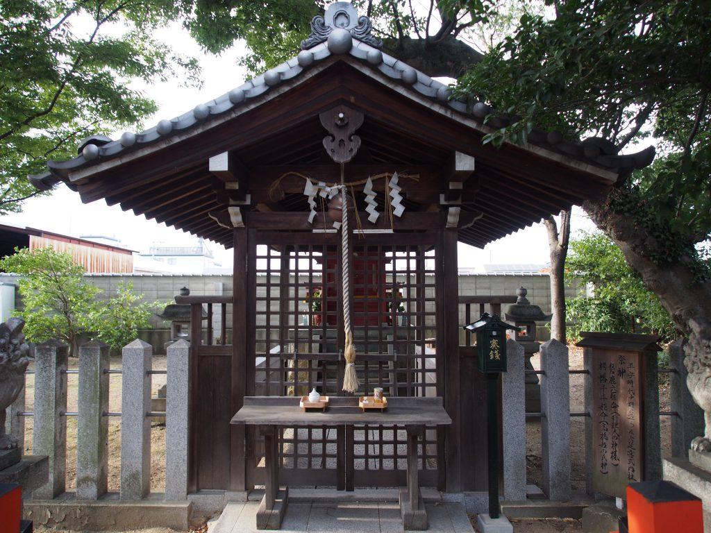 高橋神社の社殿