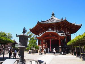 【興福寺南円堂】朱色が美しい八角円堂は年1回のみ特別開扉される