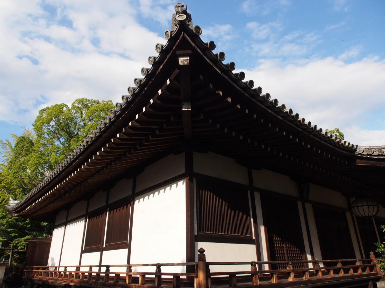美しい外観を持つ興福寺菩提院
