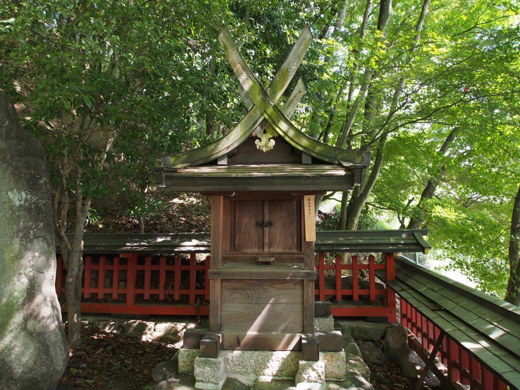 飛鳥神並社(瑜伽神社)