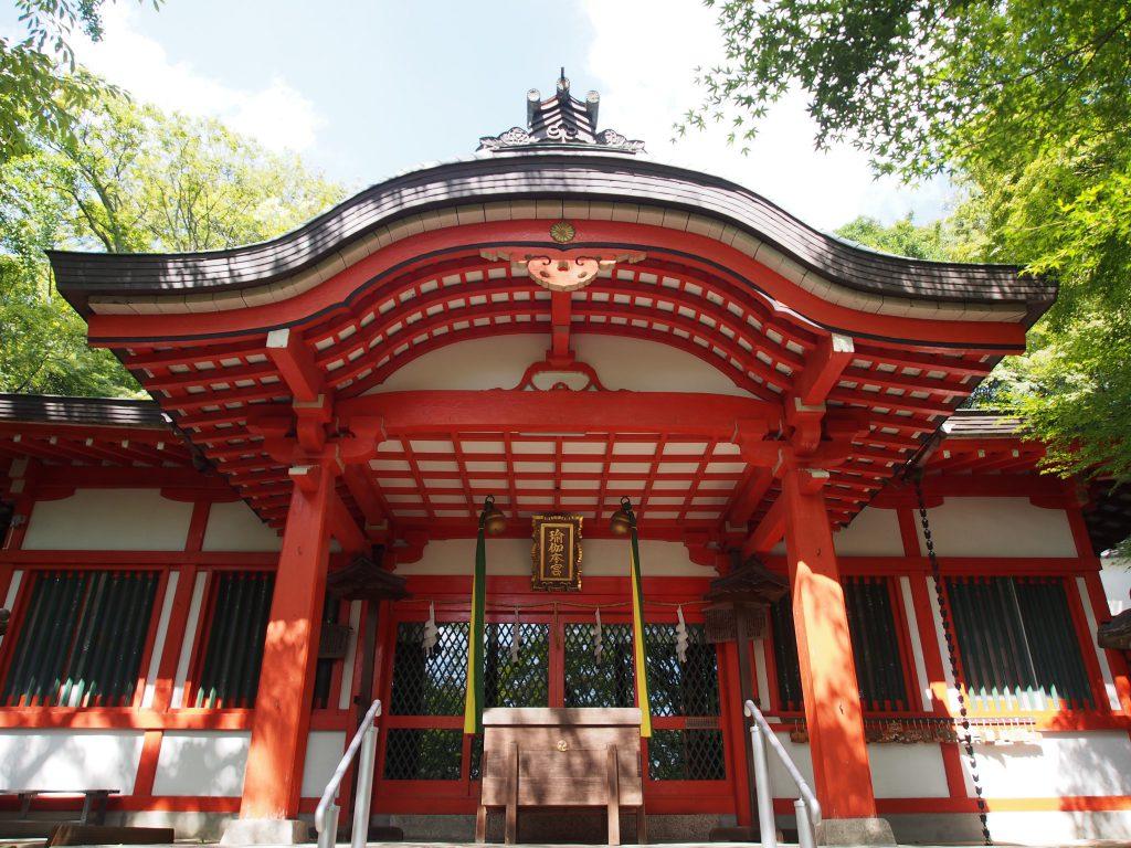 瑜伽神社の拝殿