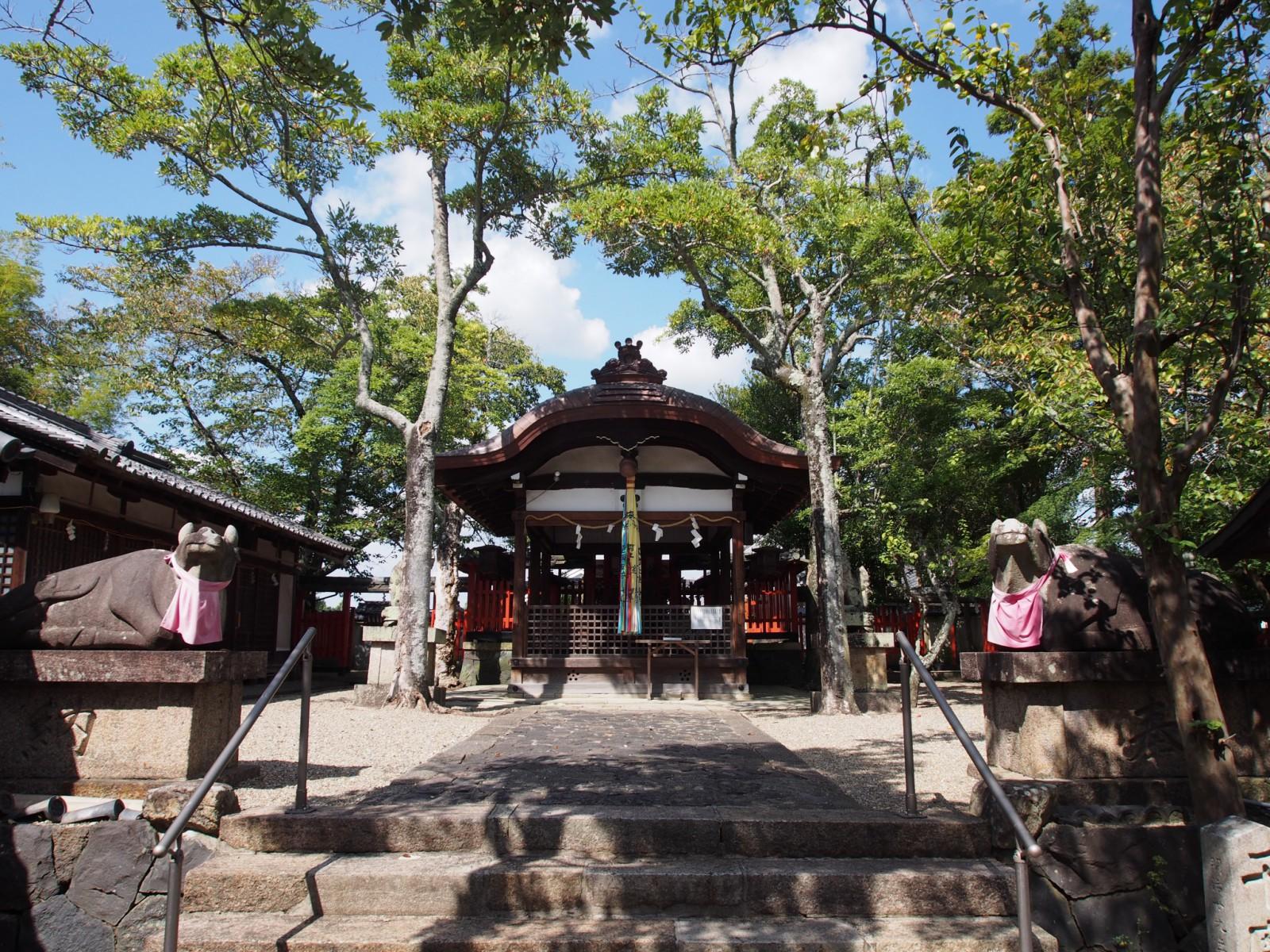 奈良町天神社の拝殿