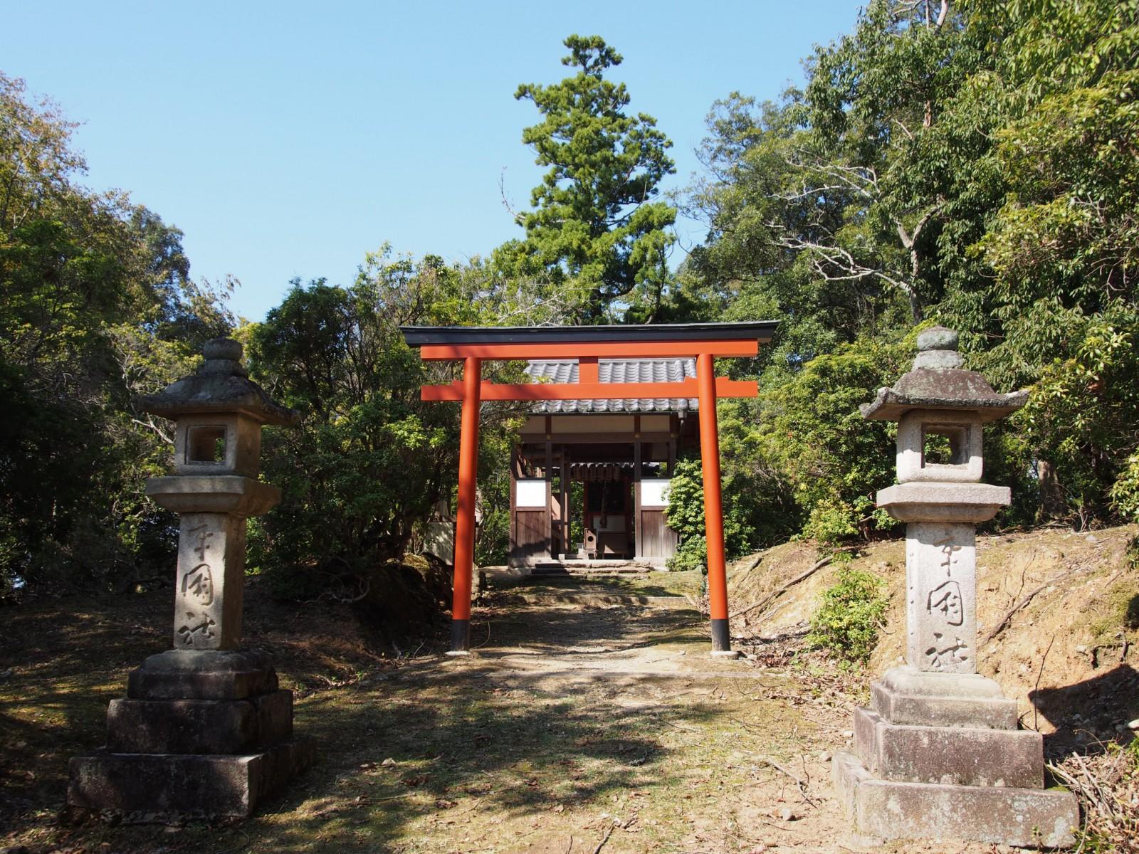 辛国神社の鳥居